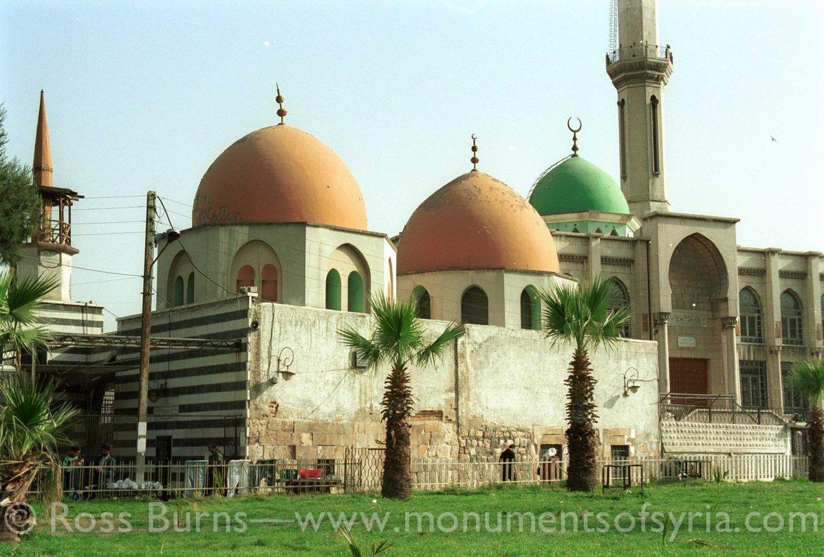 2001-04-19-cp-31-tomb-of-sh-arslan